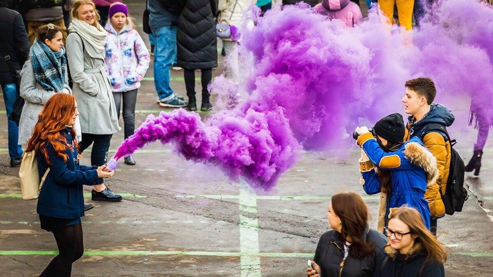 Заказать фиолетовый дым Smoke Bomb
