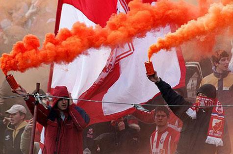 Дымовые шашки для футбольных фанатов отзывы