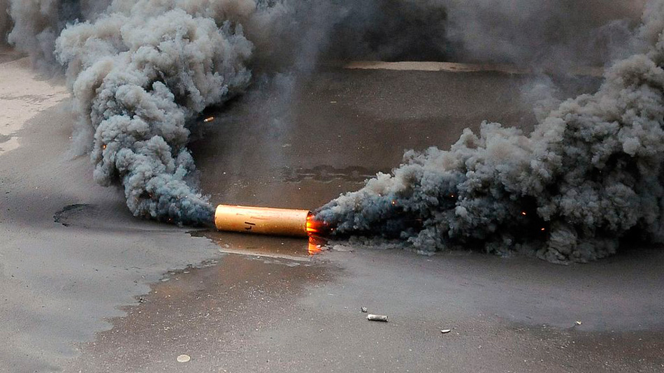 Мощная дымовая шашка